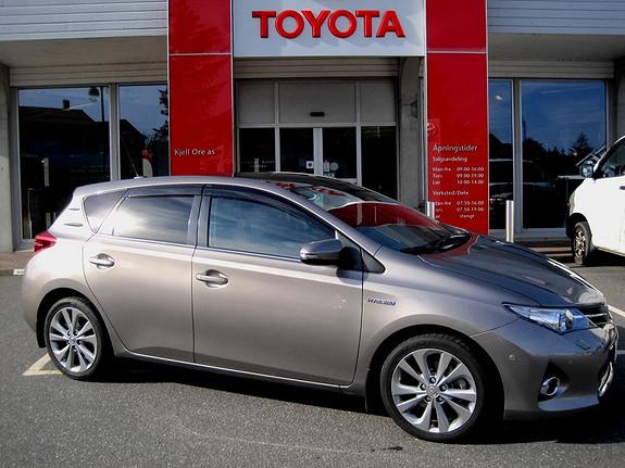 Toyota Auris 1,8 Hybrid E-CVT Executive  2013, 27250 km, kr 255000,-