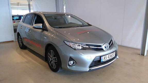 Toyota Auris 1,8 Hybrid E-CVT Active+ MEGET PEN DEMOBIL SELGES, KUN 11 800 KM  2015, 11800 km, kr 259000,-