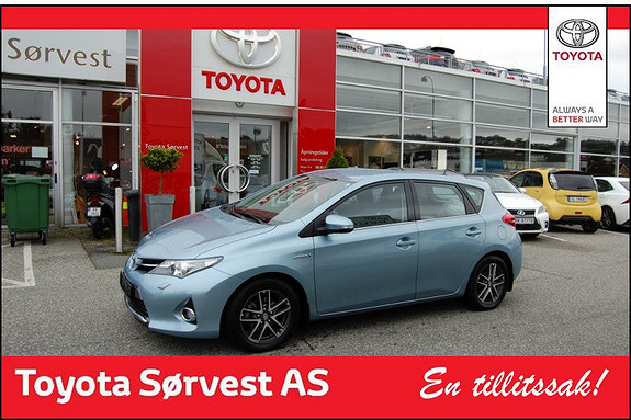 Toyota Auris 1,8 Hybrid E-CVT Active  2013, 33450 km, kr 239000,-