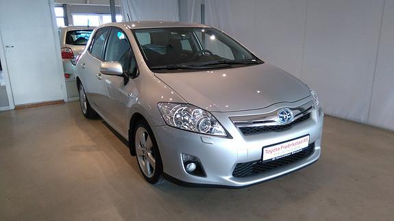 Toyota Auris 1,8 Hybrid E-CVT Executive MEGET PEN HYBRID, KUN KJØRT 61200 KM, AUT.GEAR, KLIMA  2011, 61200 km, kr 169000,-