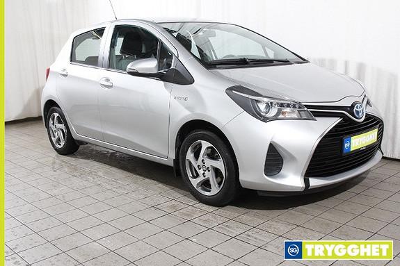 Toyota Yaris 1,5 Hybrid Active e-CVT Navigasjon-Ryggekamera-Bluetooth-Cruise-Klima-DAB