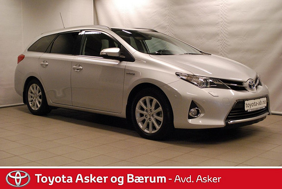 Toyota Auris Touring Sports 1,8 Hybrid Executive Marskampanje  2013, 72 800 km, kr 219 000,-