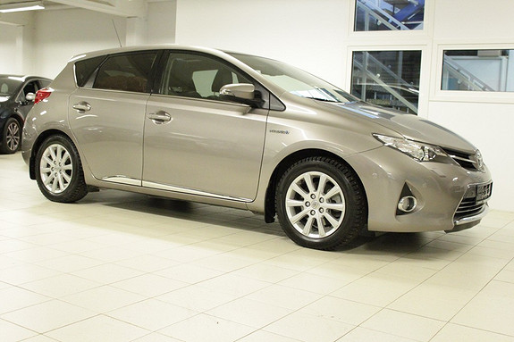 Toyota Auris 1,8 Hybrid Executive HSD  2013, 40000 km, kr 224000,-