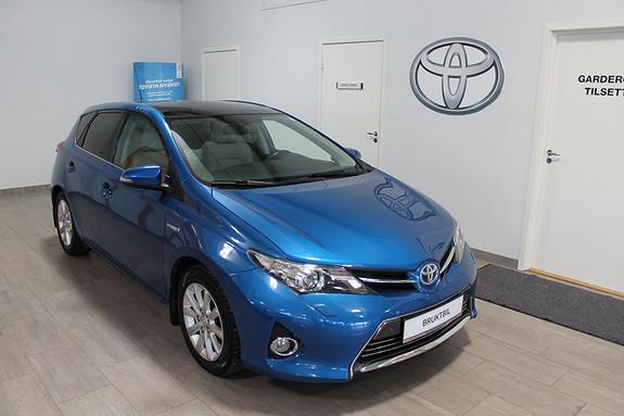 Toyota Auris 1,8 Hybrid E-CVT Executive **TOPPUTSTYRT**SKINNSETER**DAB RADIO*PANORAMATAK  2013, 56900 km, kr 219000,-