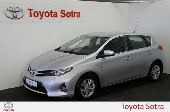 Toyota Auris 1,8 Hybrid E-CVT Active Go navi  2013, 65000 km, kr 209000,-