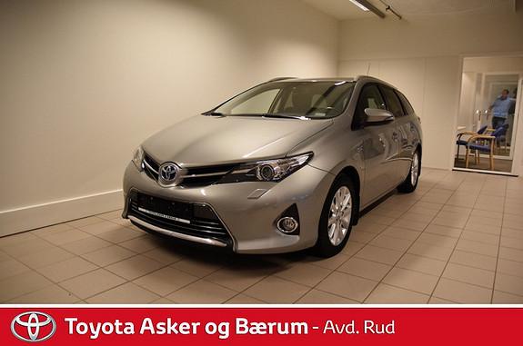 Toyota Auris 1,8 Hybrid E-CVT Executive  2013, 44102 km, kr 239000,-
