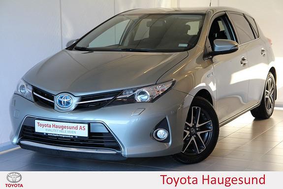 Toyota Auris 1,8 Hybrid E-CVT Active+ Navigasjon, ryggekamera, DAB+, Bluetooth - norsksolgt -  2015, 50069 km, kr 235000,-