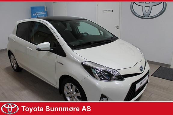 Toyota Yaris 1,5 Hybrid Style **HVIT PERLEMOR METALLIC**PANORAMATAK*AUTOLYS  2013, 47000 km, kr 169000,-