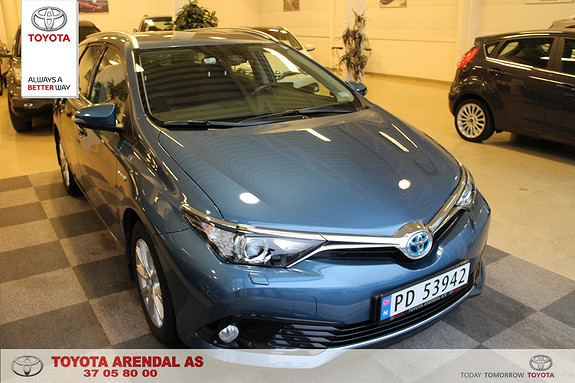 Toyota Auris 1,8 Hybrid E-CVT Active Go navi Som ny, Auris stv Hybrid Navi, safty sence pake  2015, 27000 km, kr 259000,-