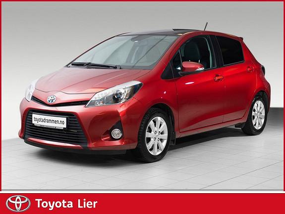 Toyota Yaris 1,5 Hybrid Style e-CVT TOPPMODELL DELSKINN, GLASSTAK  2013, 45000 km, kr 179000,-
