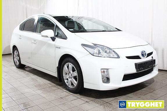 Toyota Prius 1,8 VVT-i Hybrid Advance Komplett service-Bluetooth-Keyless-Regnsensor-Cruise