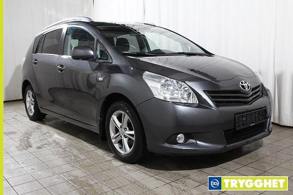 Toyota Verso 1,8 Go-Edition 7 seter Multidrive S Nybilgaranti-Syv seter-Navigasjon-Hengerfeste