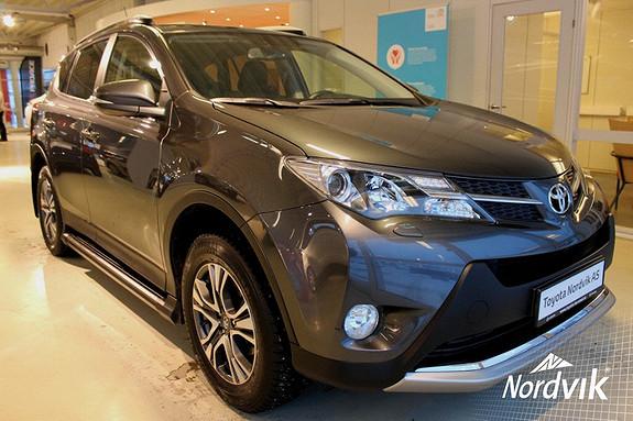 Toyota RAV4 2,2 D-4D 4WD Exective 2.2 diesel 2t hengervekt, skinnpakke  2014, 58202 km, kr 379000,-