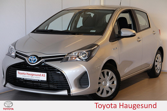 Toyota Yaris 1,5 Hybrid Active e-CVT Navigasjon, kamera, Bluetooth, autoklima - norsksolgt -  2015, 53338 km, kr 185000,-