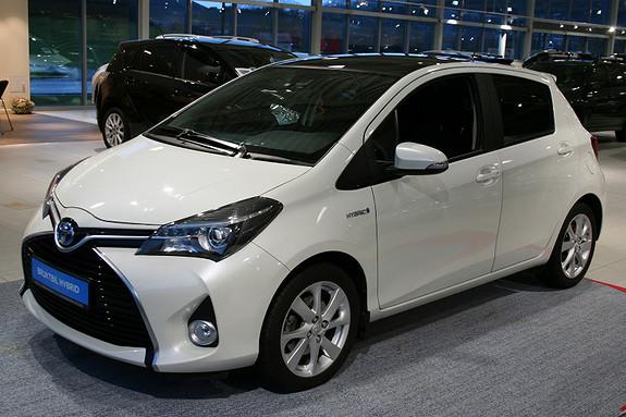Toyota Yaris 1.5 Hybrid Style m/Panorama  2015, 11718 km, kr 219000,-