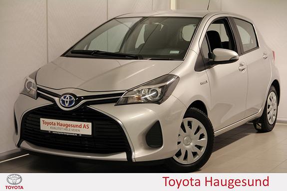 Toyota Yaris 1,5 Hybrid Active e-CVT Navigasjon, kamera, Bluetooth, autoklima - norsksolgt -  2015, 46985 km, kr 185000,-