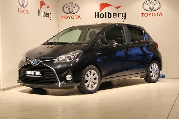 Toyota Yaris 1,5 Hybrid Style Delskinn, Panorama, Cruise, Ryggekamera, Navi ++  2015, 6500 km, kr 189000,-