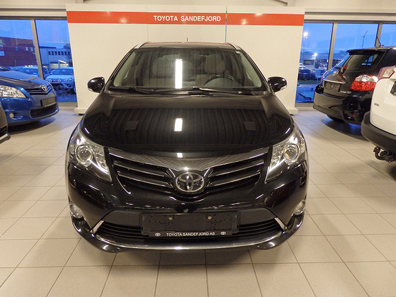Toyota Avensis 2.2D-CAT PREMIUM  2013, 305000 km, kr 179000,-