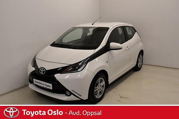 Toyota Aygo x-play 1,0 DAB+, Ryggekamera,  2015, 42396 km, kr 139900,-