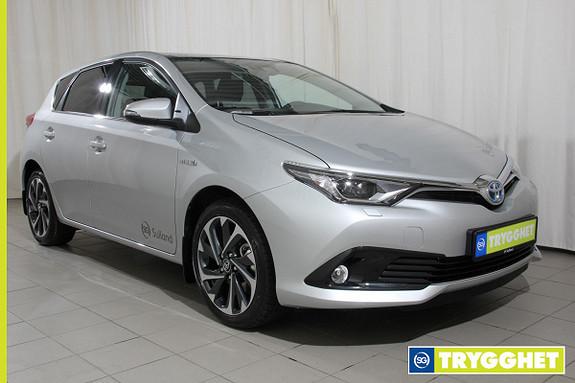 Toyota Auris 1,8 Hybrid E-CVT Style navigasjon,ryggekamera,dab,soltak