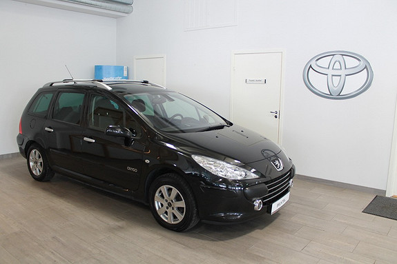 Peugeot 307 1,6 HDI 90 hk Oxygo **VELHOLDT**PRAKTISK FAMILIEBIL**PANORAMATAK**GARANTI  2007, 125014 km, kr 79000,-