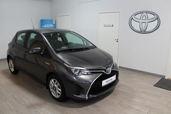 Toyota Yaris 1,5 Hybrid Active e-CVT TECTYLERT**DAB+**NAVIGASJON**NYBILGARANTI T.O.M 22.05.2020  2015, 7200 km, kr 199000,-