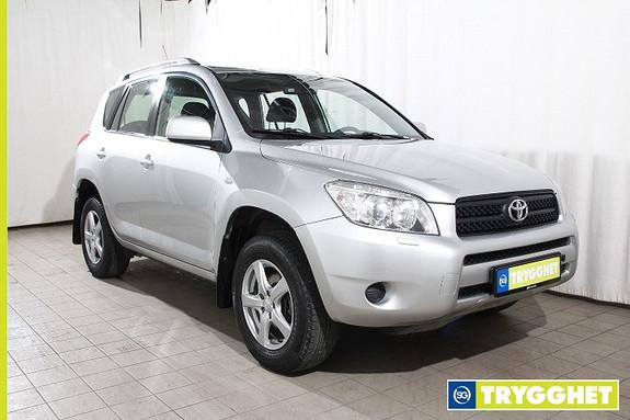 Toyota RAV4 2,0 VVT-i Bil selges som rep.obj. på auksjon, les tekst