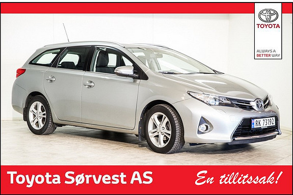 Toyota Auris 1,6 Valvematic Active aut Go navi  2014, 35900 km, kr 229000,-