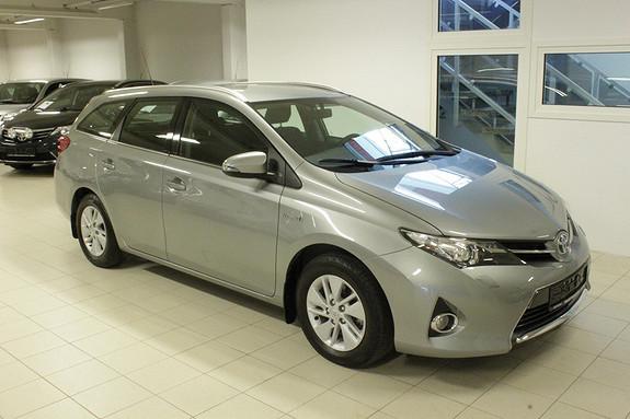 Toyota Auris 1,8 Hybrid E-CVT Active Go navi  2013, 43000 km, kr 244000,-