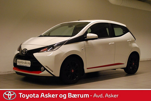 Toyota Aygo x-play 1,0 x-shift RENTEKAMPANJE 2,95%  2015, 24100 km, kr 139000,-