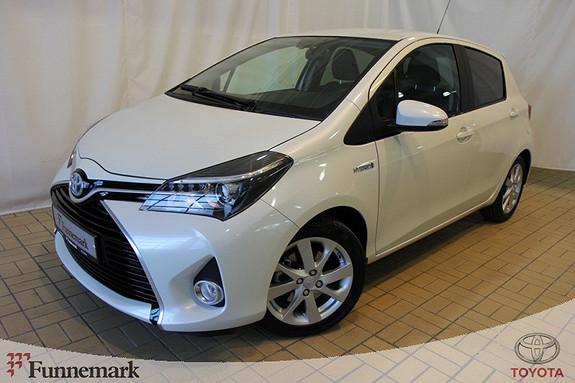 Toyota Yaris 1,5 Hybrid Style e-CVT  2014, 2448 km, kr 215000,-