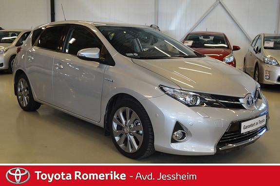 Toyota Auris 1,8 Hybrid E-CVT Executive  2013, 19200 km, kr 239000,-