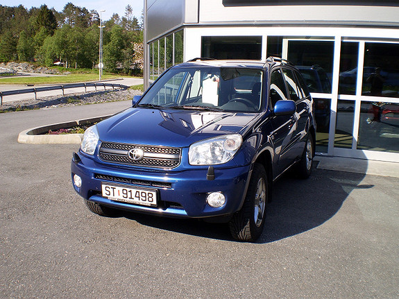 Toyota RAV4  2004, 108650 km, kr 86538,-