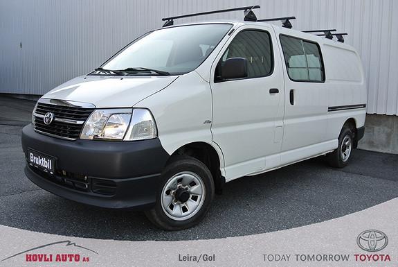 Toyota HiAce D-4D 5-d 117hk 4WD lang / Lav km.Stand / 4 lastestativ /  2011, 76500 km, kr 219900,-