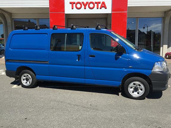 Toyota HiAce D-4D 5-d 117hk 4WD lang  2012, 57787 km, kr 255000,-