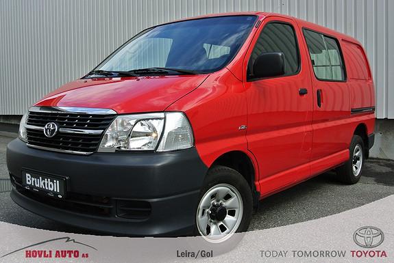 Toyota HiAce D-4D 5-d 117hk 4WD kort 2-s / Dieselvarmer m.fjernbetjening, /Lav km.stand/  2011, 69500 km, kr 219000,-