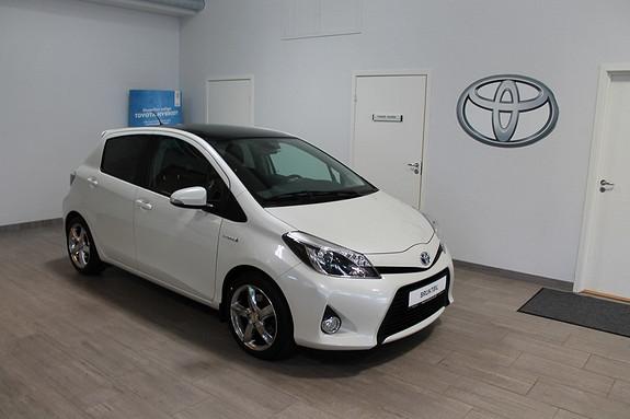 Toyota Yaris 1,5 Hybrid Style ***VELHOLDT, LAV KM, RYGGEKAMERA, TECTYLBEHANDLA, GLASSTAK+++  2013, 40700 km, kr 179000,-