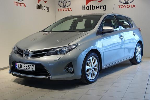 Toyota Auris 1,33 Dual VVT-i  Active m/ Ryggekamera og Navigasjon  2013, 38500 km, kr 189000,-