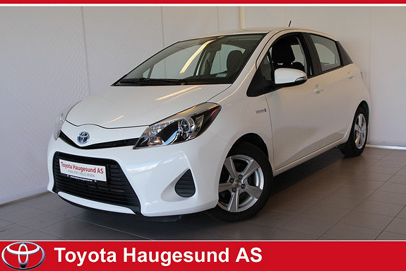 Toyota Yaris 1,5 Hybrid Active Navigasjon, ryggekamera, setevarme, Bluetooth - norsksolgt bil  2014, 34400 km, kr 185000,-