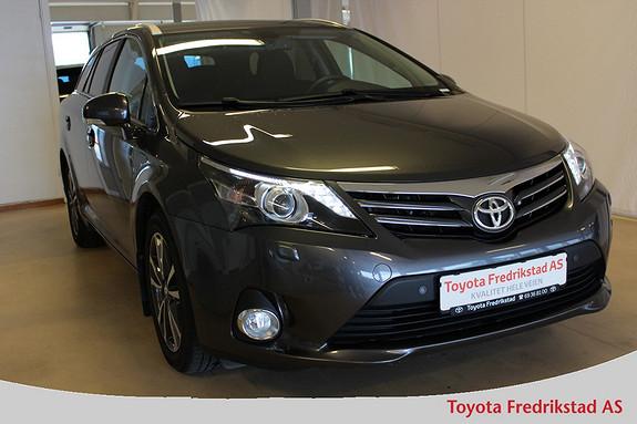 Toyota Avensis 1,8 147hk Advance Multidrive S Automat, meget pen bil,  2012, 52400 km, kr 249000,-
