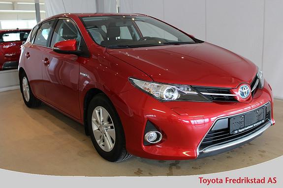 Toyota Auris 1,8 Hybrid E-CVT Active Lav km, pen bil med navigasjon, DAB og ryggekamera,  2013, 34900 km, kr 209000,-