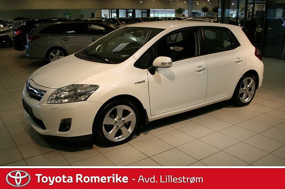 Toyota Auris 1,8 Hybrid E-CVT Executive  2011, 62200 km, kr 155000,-
