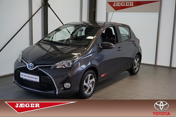 Toyota Yaris 1,5 Hybrid  2016, 12100 km, kr 199000,-