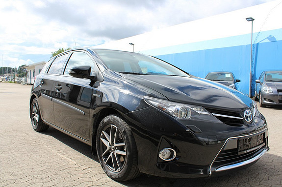 Toyota Auris 1,8 Hybrid E-CVT Active+ LAV KM, Pen bil, DAB, Ryggekamera  2014, 28138 km, kr 239000,-