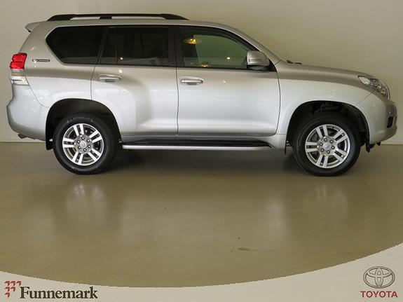 Toyota Land Cruiser 3.0-190HK D-4D VX AUTOMAT (PRIVATKJØRT!/ 1 EIER!/ NY I NORGE!)  2011, 77000 km, kr 369000,-