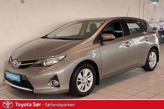 Toyota Auris 1,8 Hybrid Advance HSD Komplett servicehefte  2013, 44500 km, kr 219000,-