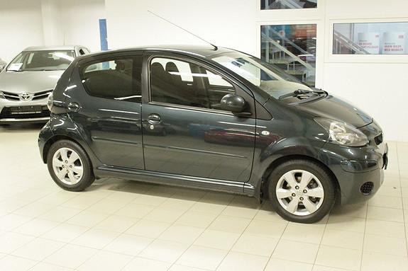 Toyota Aygo 1,0 + 5-d  2011, 108000 km, kr 64000,-