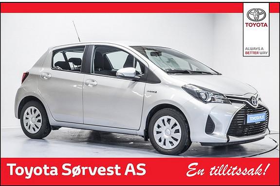 Toyota Yaris 1,5 Hybrid Active  (3 års service/45000 km kjørt +Dekkhotel 3 år inkludert)  2015, 13889 km, kr 199000,-