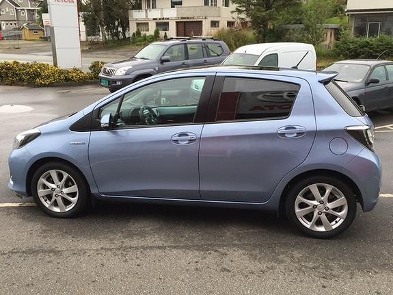 Toyota Yaris 1,5 Hybrid Style e-CVT LAV KM  2013, 33705 km, kr 179000,-