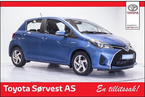 Toyota Yaris 1,5 Hybrid Active  (3 års service/45000 km kjørt +Dekkhotel 3 år inkludert)  2014, 10500 km, kr 199000,-